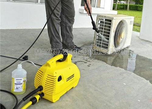 Máy rửa xe Karcher K2 420 sử dụng mô tơ từ, vận hành êm ái