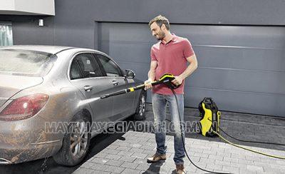 Rửa xe thường xuyên giúp xe luôn sạch đẹp, vận hành ổn định