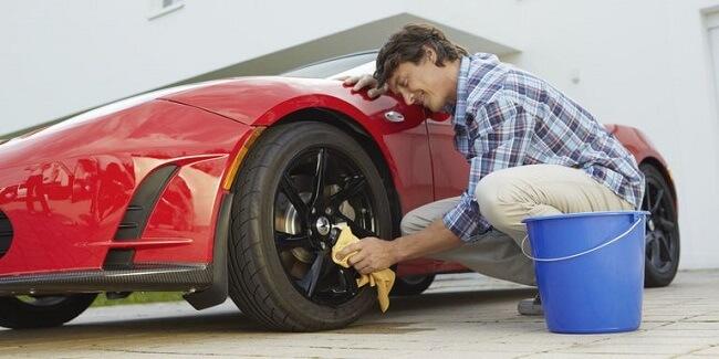 Dụng cụ cần thiết rửa xe ô tô