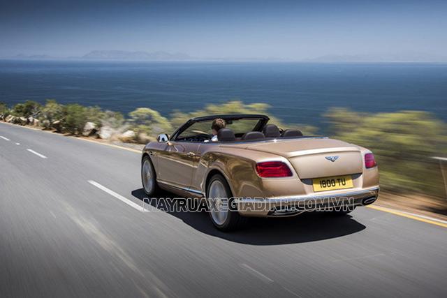 Roadster là gì