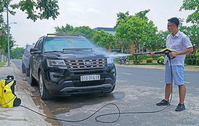 Sử dụng máy rửa xe dễ dàng