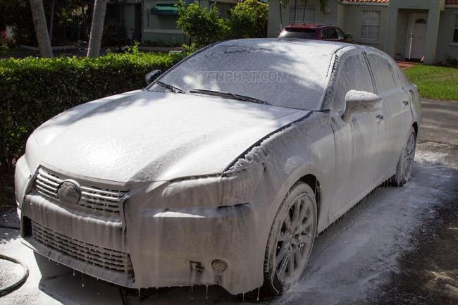 Bình bọt tuyết với khả năng làm sạch