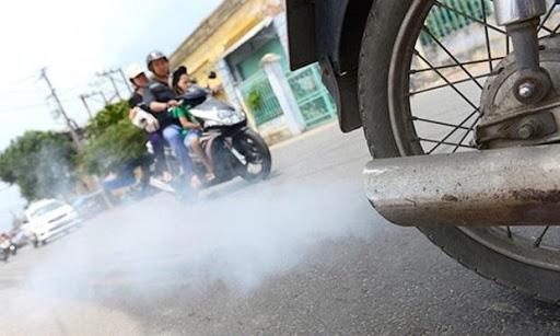 Hiện tượng xe nhả khói trắng
