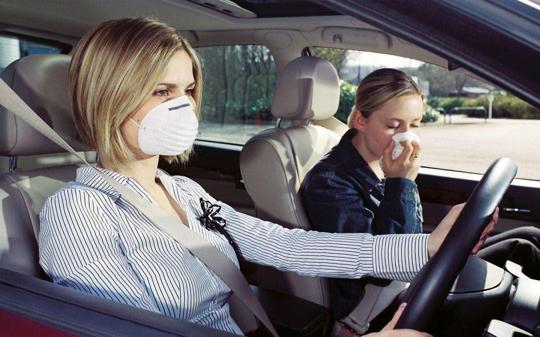 Có nhiều nguyên nhân gây ra mùi hôi trên ô tô