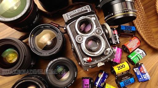 Lens và Phim là 2 trong bộ phận quan trọng của máy ảnh cơ
