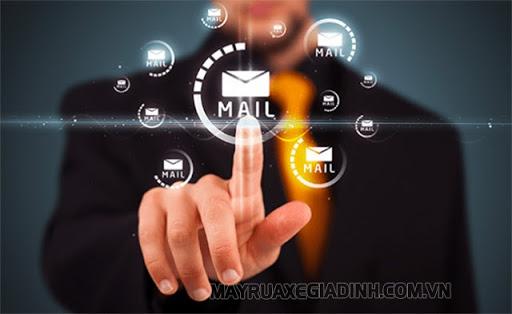 Email cá nhân thường dùng cho mục đích riêng tư
